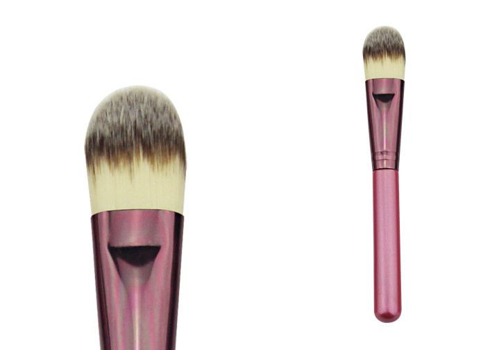 Mini Size Hair / Wooden Handle Foundation Makeup Brush Lightweight
